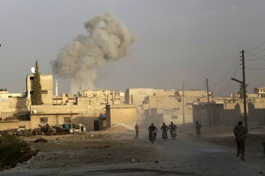 Syrie : un mois de bombardements russes, pour quel bilan ?