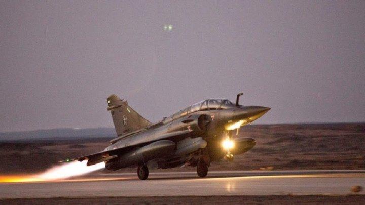 La France bombarde des cibles de l'EI à Raqqa