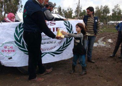 Distribution de lait pour les enfants